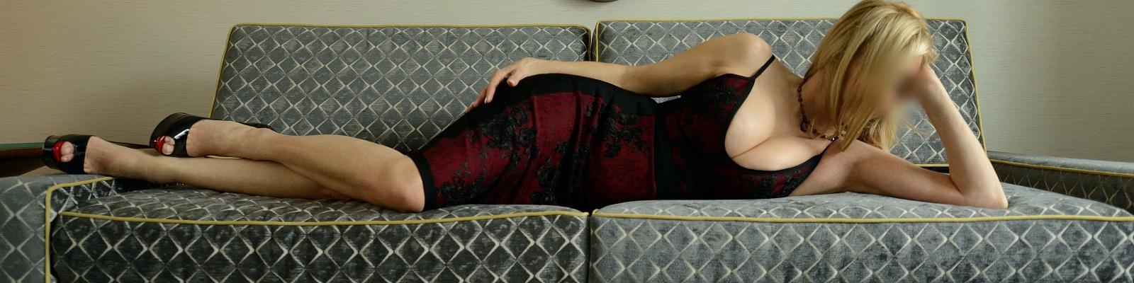 Juliana Monroe's Cover Photo