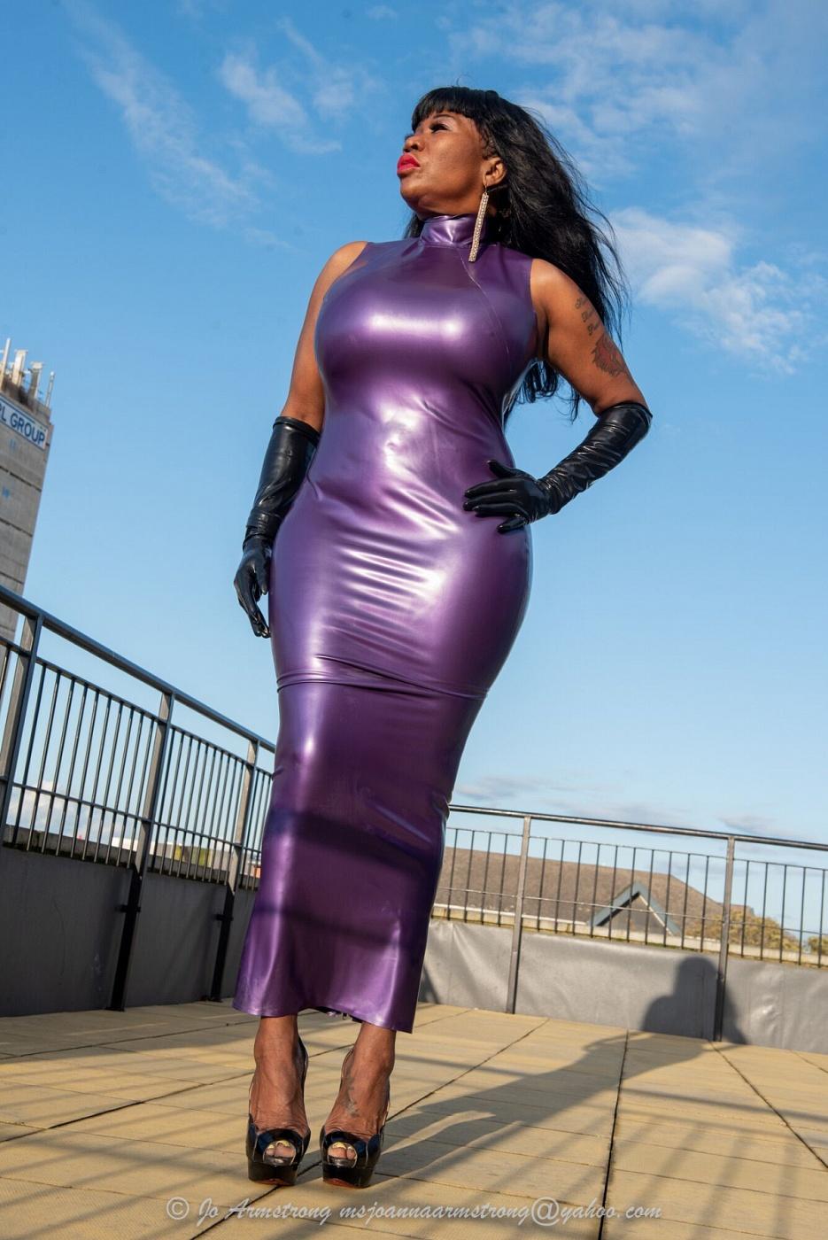 Mistress Mona