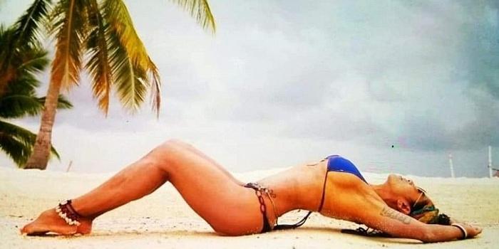 Scarlett Amor's Cover Photo