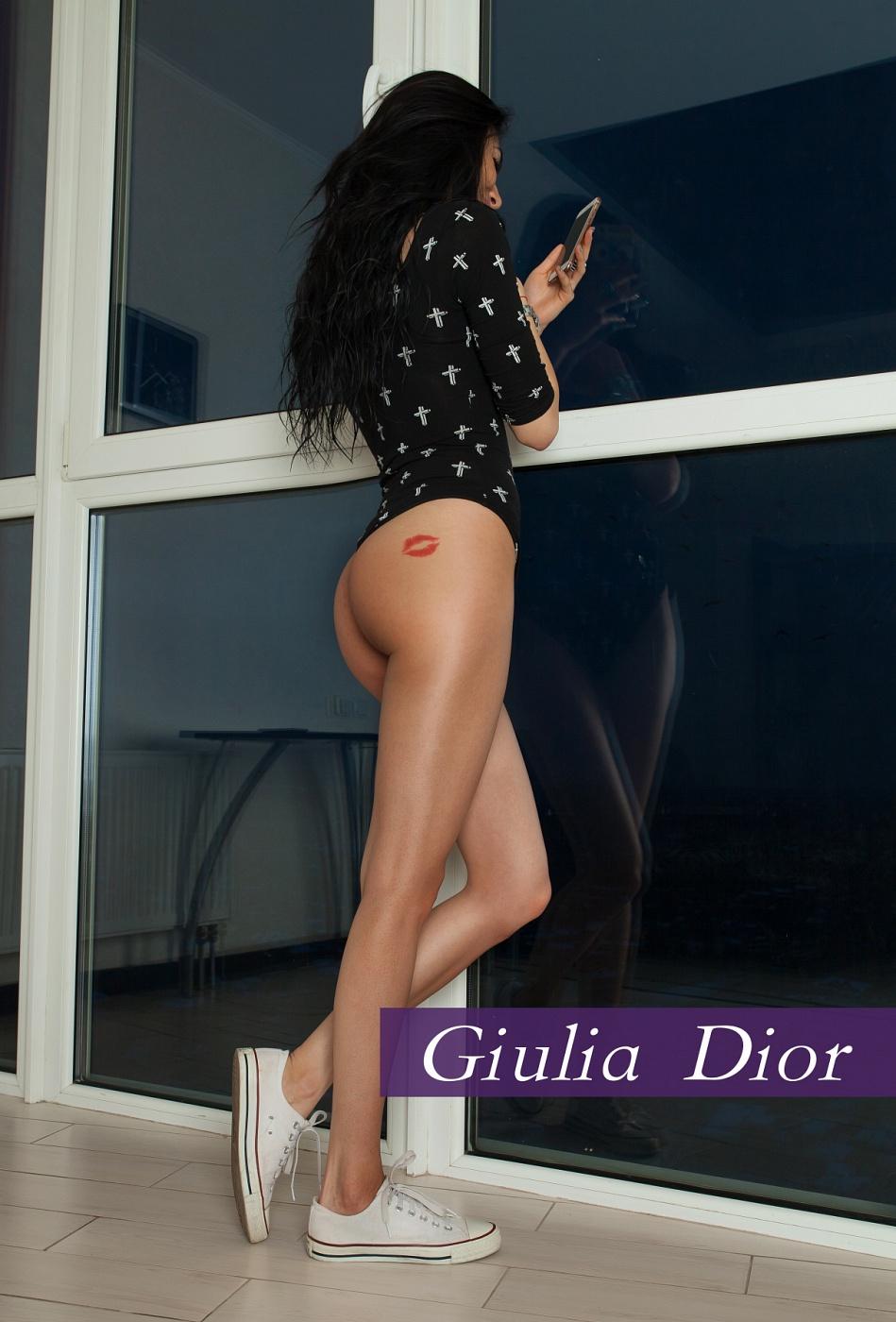 Giulia Dior