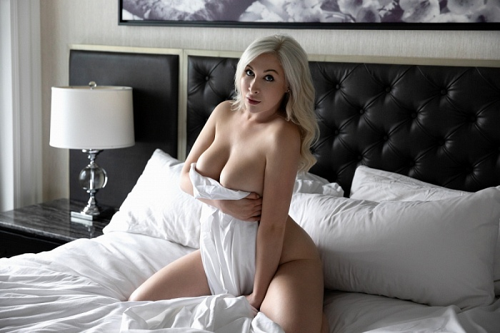 Ella Black