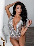 Adriana Carat Escort