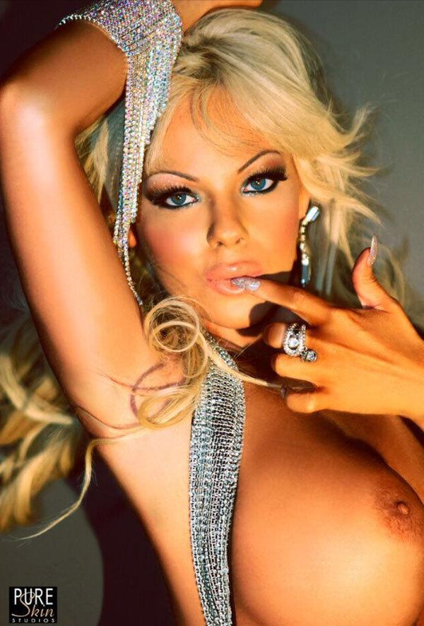 VIP Anastasia L'Amour