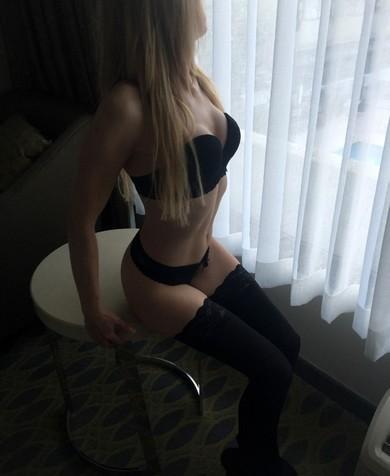 Zoe Bloom