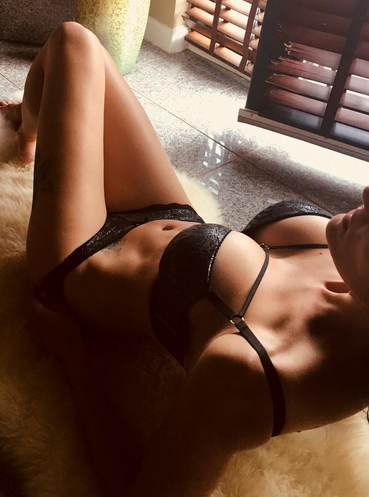 Isabel Jade