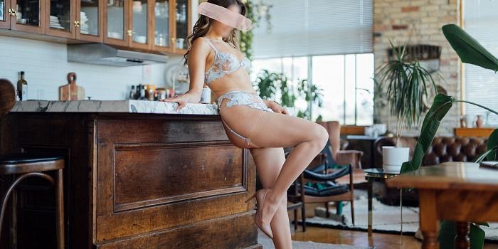 Adriana Maxwell's Cover Photo