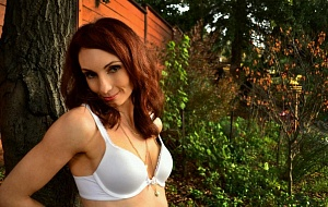 Miss Kayla Raine Escort