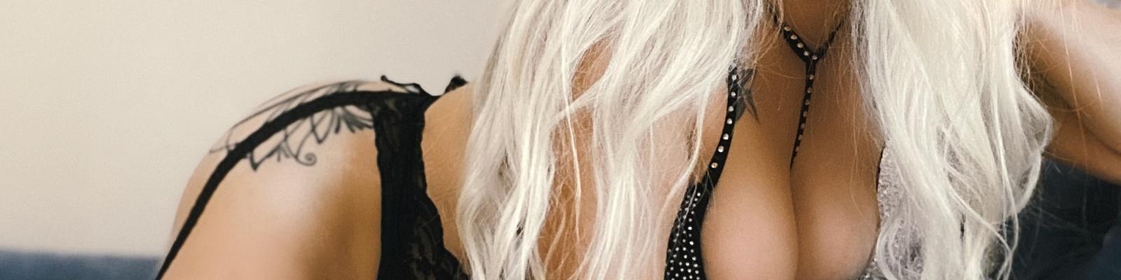 Deja Doll's Cover Photo
