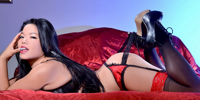 Mistress Alexis Kim's Cover Photo