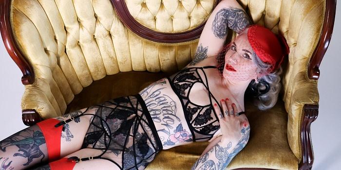 Domina Davitta Dolce's Cover Photo