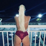 Lacey Nicole's Avatar