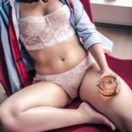 Submissive Chloe
