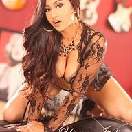 Yasmin Escort