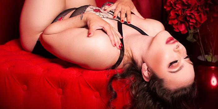 Delphine's Cover Photo