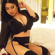 Ava PersianBeauty Escort