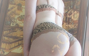 Molly Fox - Sweet Soulful Touch Escort