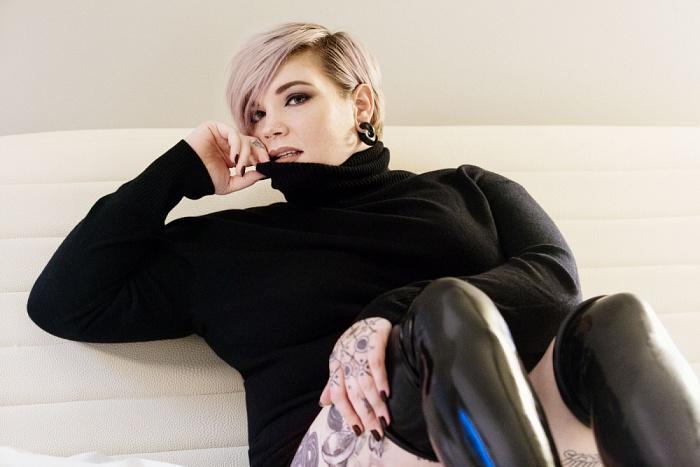 Miss Erin Black