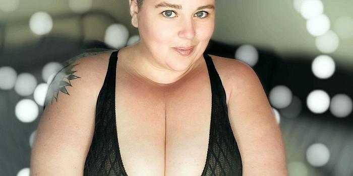 Lush Lynn's Cover Photo