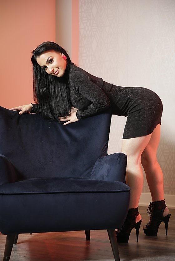Roselyne Simone