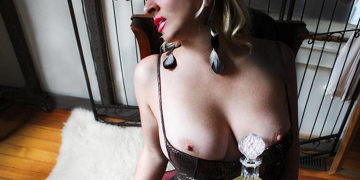 Cameo Knightley's Cover Photo