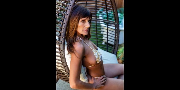 DanielleDelora's Cover Photo