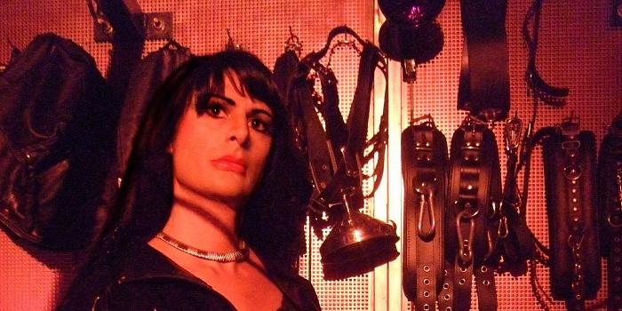 Mistress Bissya's Cover Photo