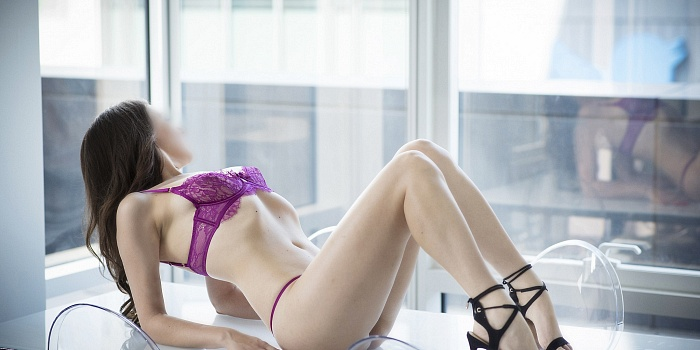 Rhea Lissette's Cover Photo