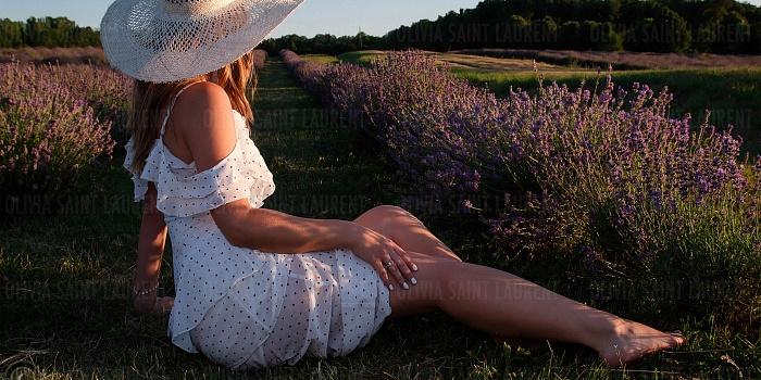 Olivia Saint Laurent's Cover Photo