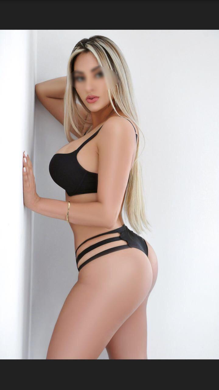 Adrianna Mattos