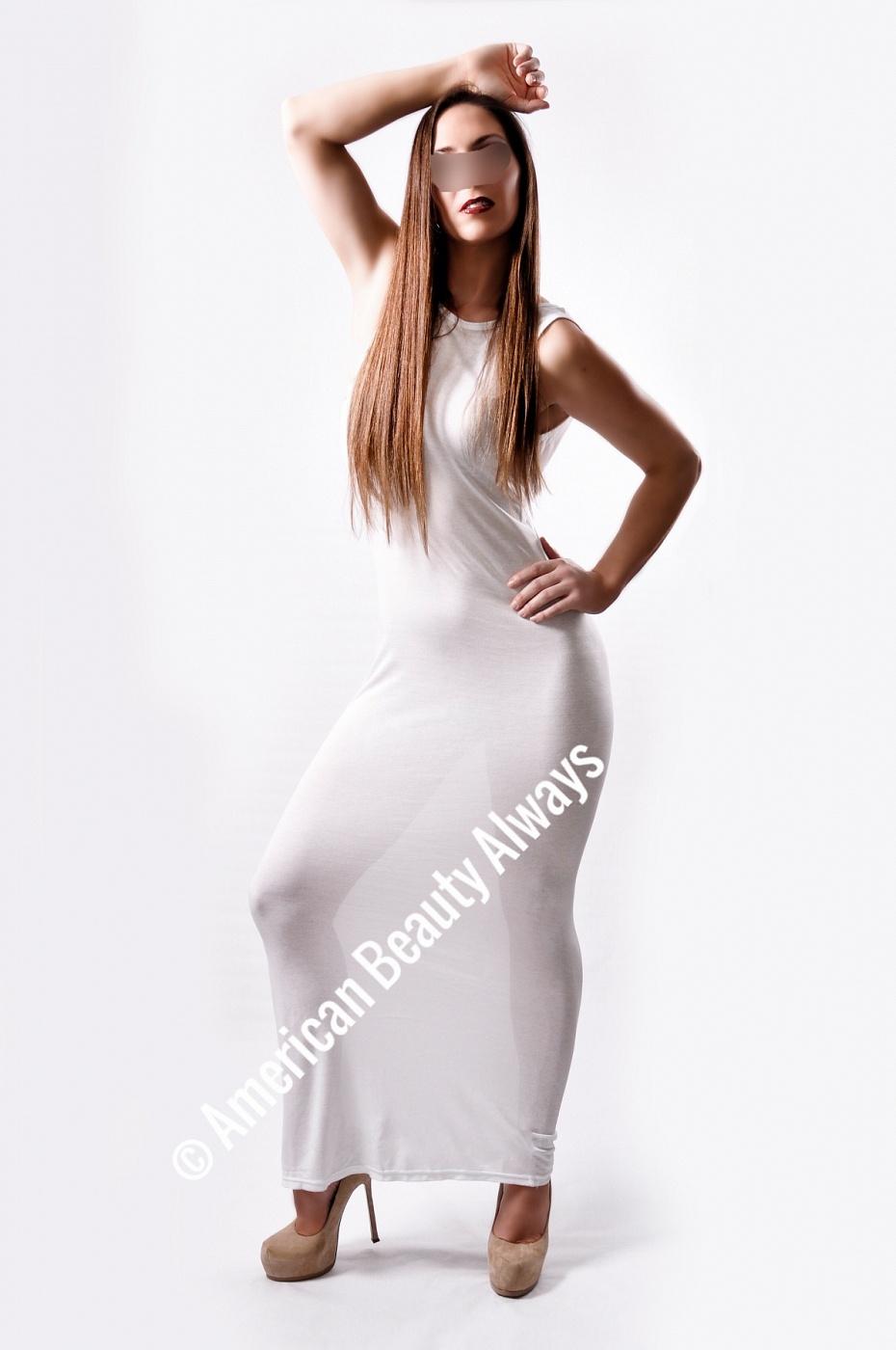 Nicolette Ferrara-Lux et veritas