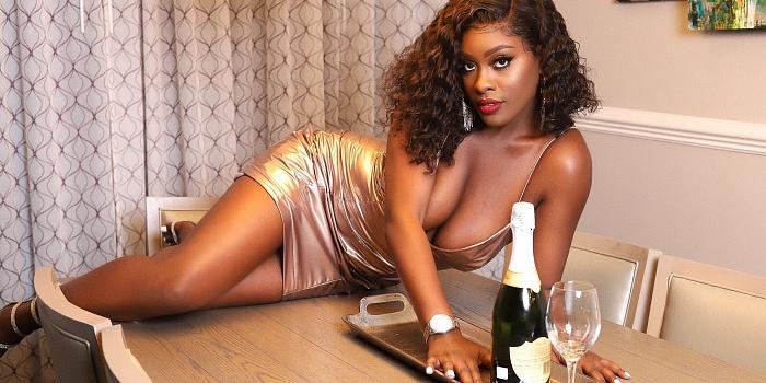 Sasha Benjamin.'s Cover Photo