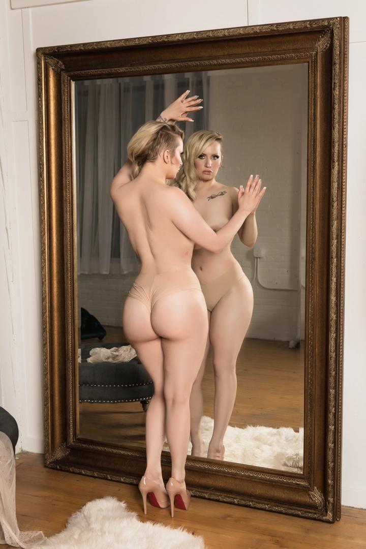 Holly Evans