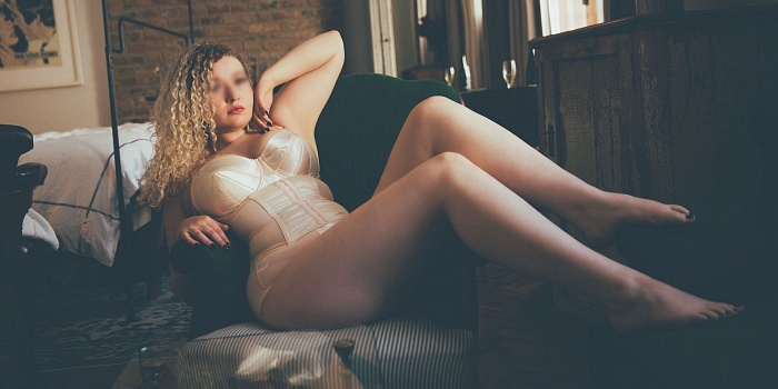 Phoebe Huxley's Cover Photo