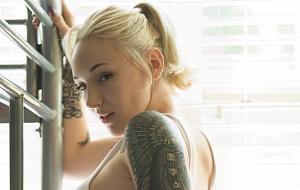 Goddess Emily Monroe