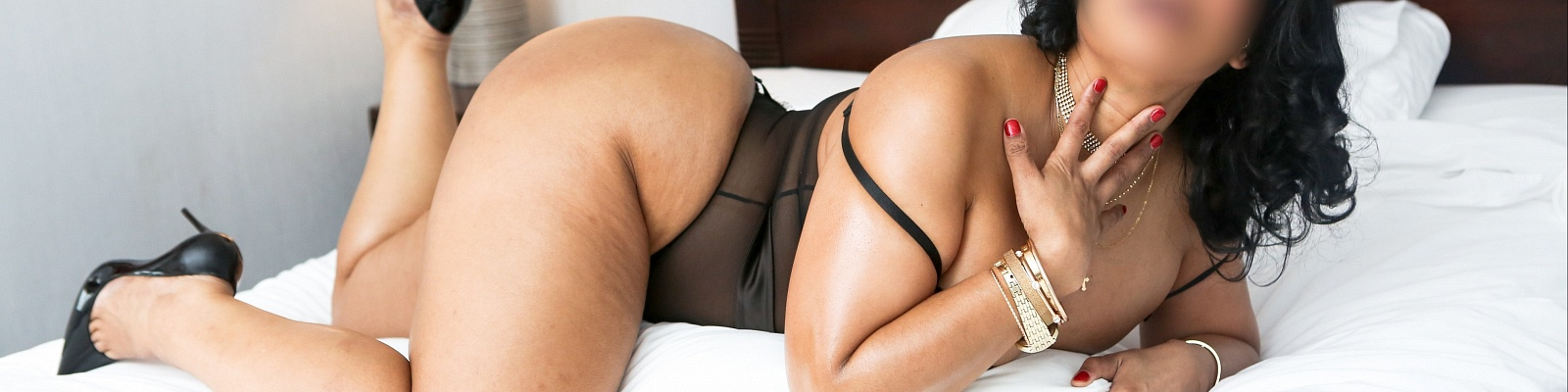 Miss Talia Tayer's Cover Photo
