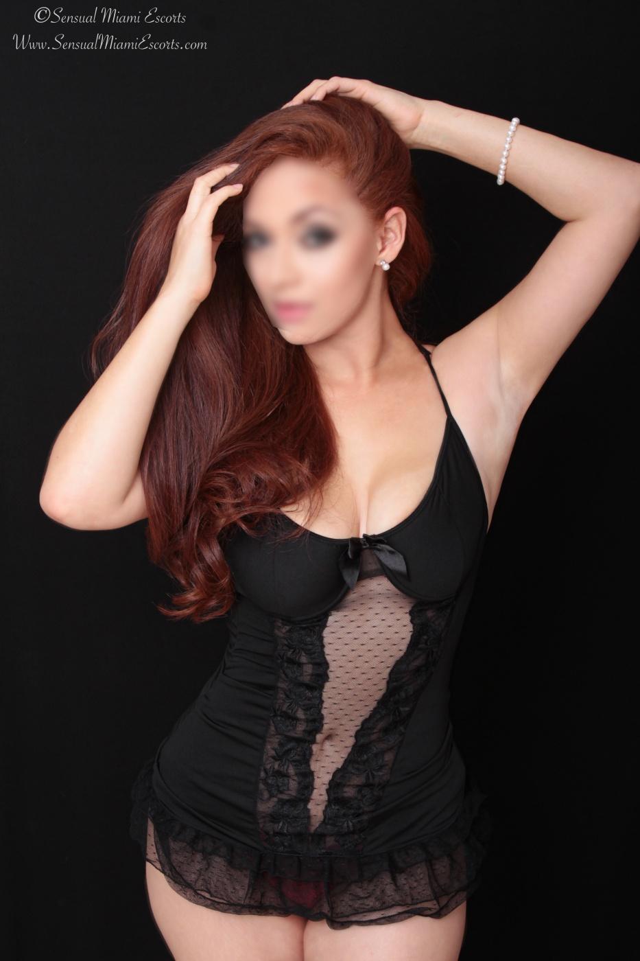 Gorgeous Redhead Jessica