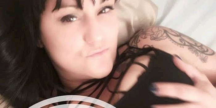 Mindy Moon's Cover Photo