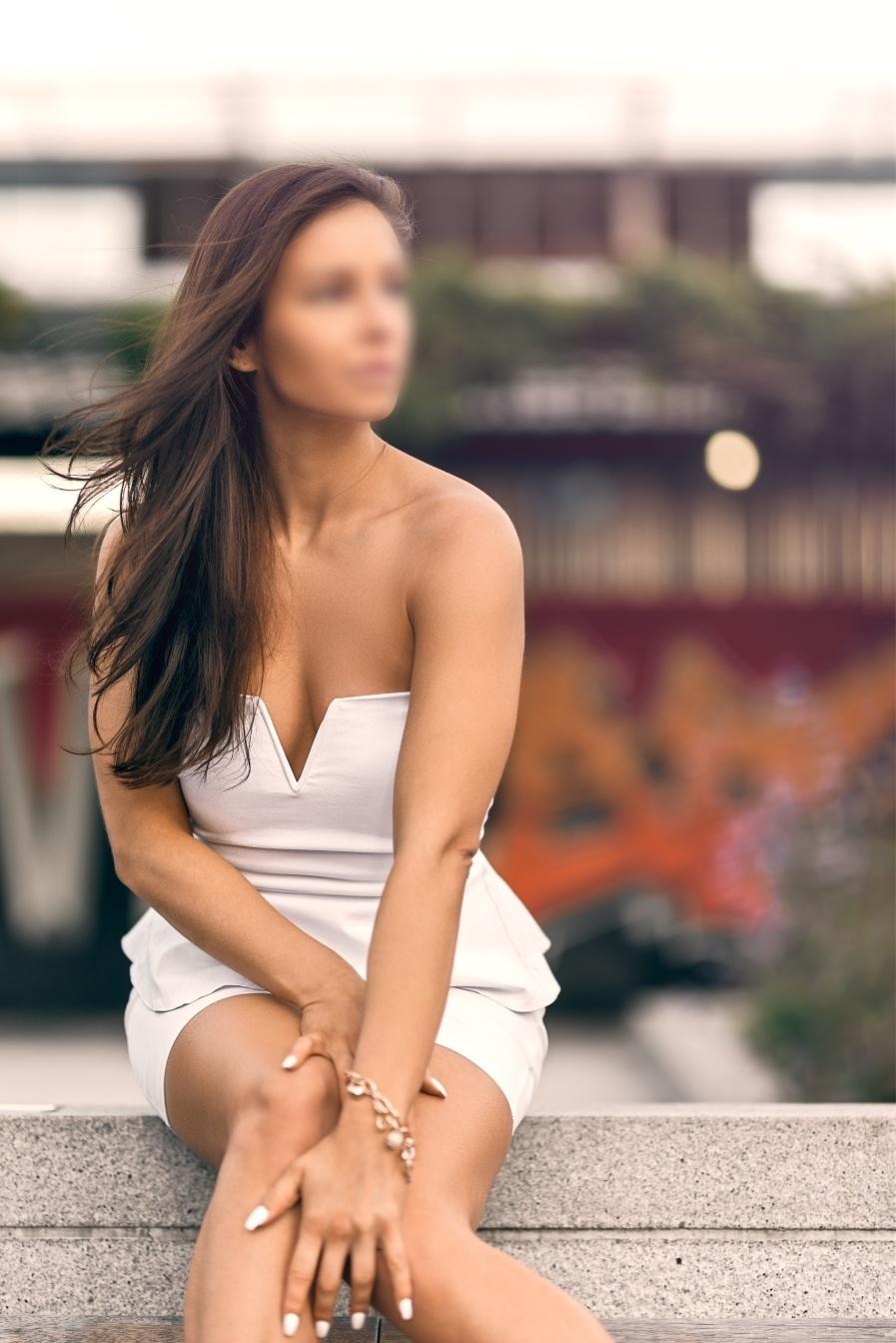 Eva Fox