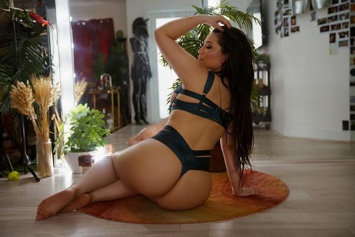 Valeria Grey
