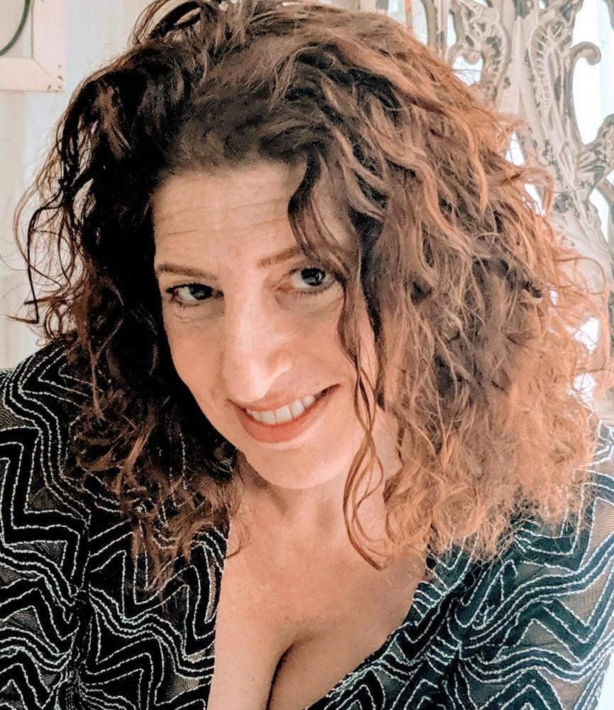 Amelia Nicolette