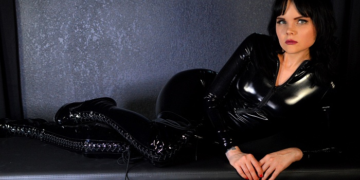 Mistress Petra Hunter's Cover Photo