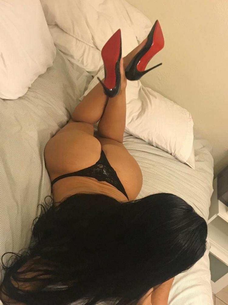 Kim Bella