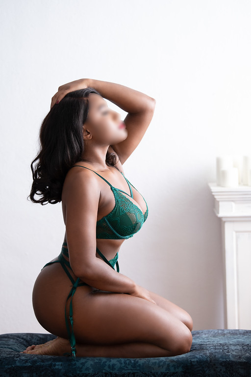Simone Lennox