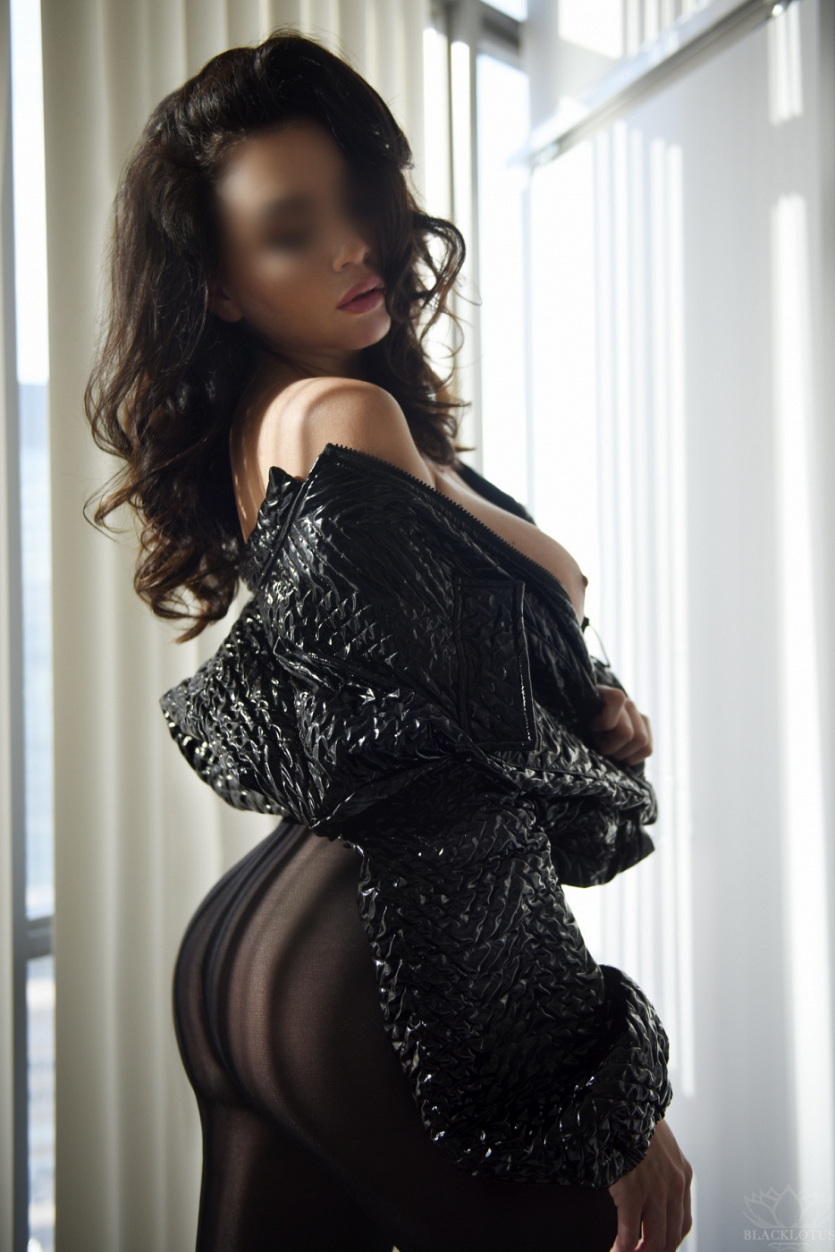 Lea Abrams