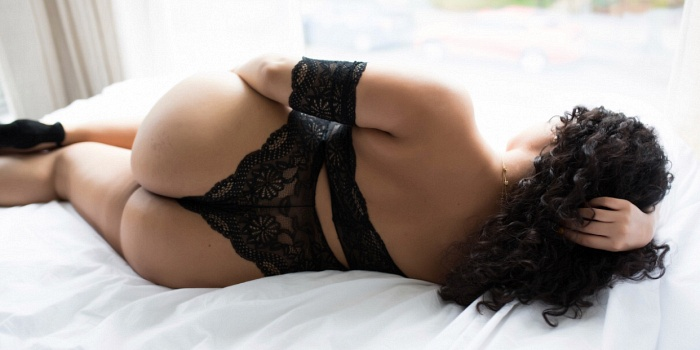 Veronica Santos's Cover Photo