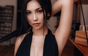 Nicole Escort
