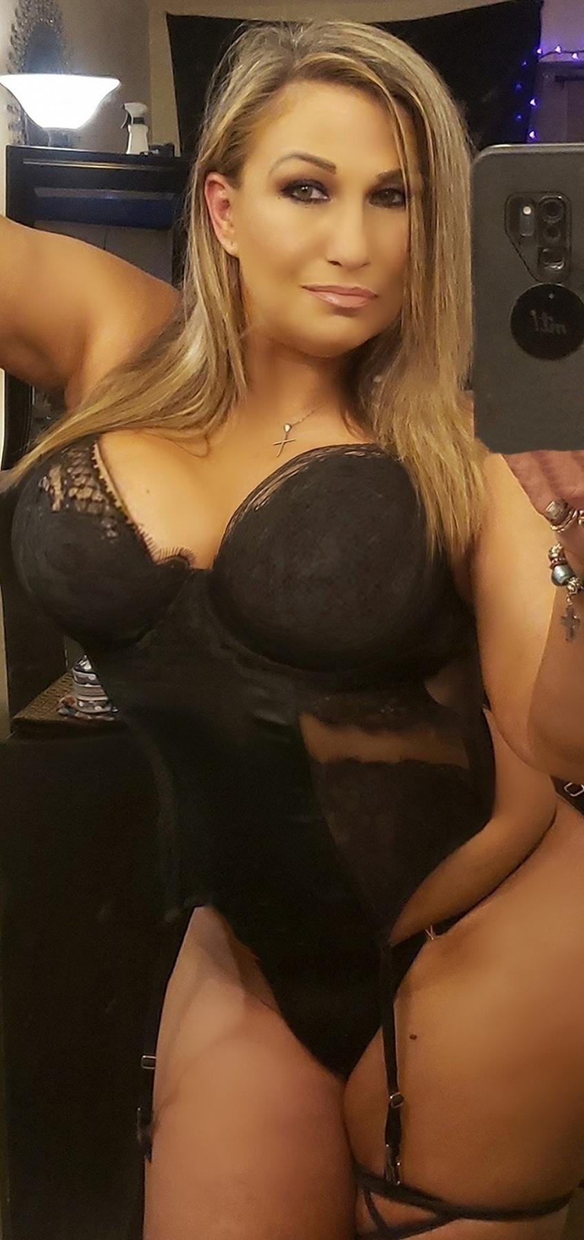 Miss Desi