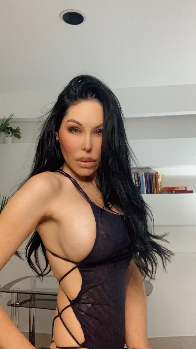Lilly Longoria
