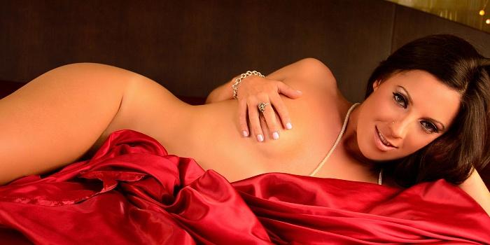 Skyla Sensi's Cover Photo