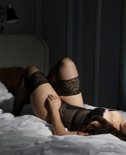 Gorgeous Caucasian Sexy Naudia
